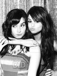 Demii y Selena