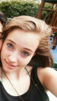 Por sus hermoso ojos azules