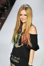 Avril :) ♥♥♥