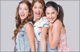 Violetta mejor amiga con Franchesca y Camila