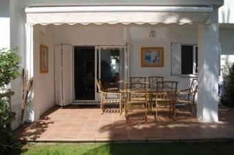Chalet los Monteros 600€ http://www.pueblomediterraneo.com/projects/casa-23/