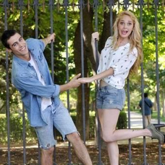 Como veran en la imagen a Tomas en esta imagen,tampoco le intereso lo que sentia Violetta asi que se puso de novio con Ludmila.En defensa a las fans de Tomas,nada..