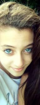 Por sus hermosos ojos