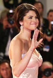 Selena  Seli