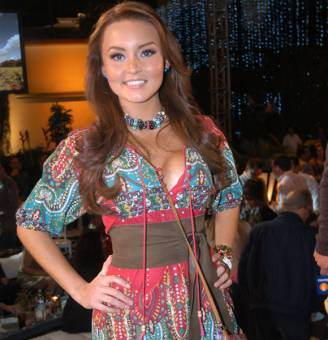 Angelique Boyer (Abismo de Pasión)