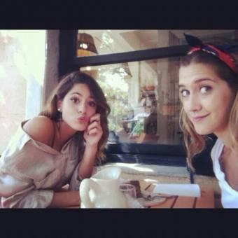 Mi life Tini y Clari