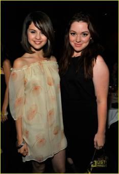 Selena gomez y Jennifer Stone