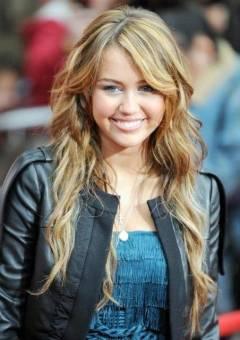 ۰ ۰ Miley Cyrus ۰ ۰