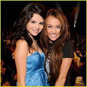 Miley y Selena