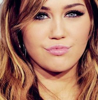 "Miley Cyrus ""THE BEST"""