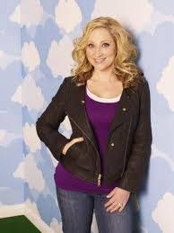 Leigh-Allyn Baker como Amy duncan en ¡Buena, suerte charlie!