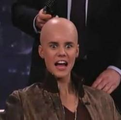 Justina Barbie Gay Rey De Los Gays. :/ Un Idiota Más: