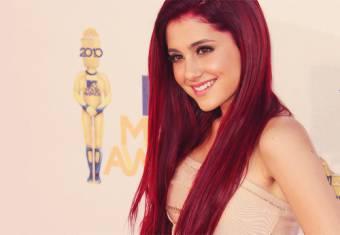 Ariana Grande (Cat) La mejor :3