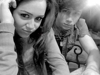 Nick jonas y Miley cyrus ♥