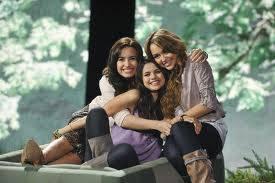 Demi,Selena y Miley