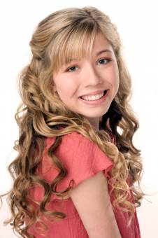 Jannette Mccurdy.