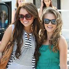 Miley y Emily