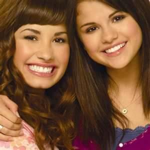 Selena y Demi
