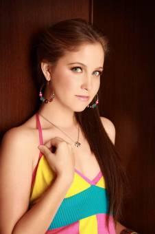 natasha dupeyron como natalia en mis xv y es linda y bella